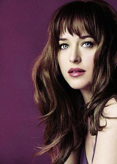 Fifty Shades of Grey - Dakota looks stunning here. I like her in this hair way better than blonde