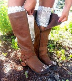 Cute Pure White Lace Boot Cuffs socks vintage lace trim and buttons fashion wedding cowgirl country wedding dresses with boots White Lace Boots, Lace Boot Cuffs, Colored Wedding Dress, Wedding Dress Boots, Bride Boots, Robes Tutu, Cowgirl Wedding, Camo Wedding, Wedding Rustic