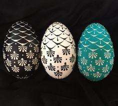 Easter Art, Easter Eggs, Egg Shell Art, Diy And Crafts, Arts And Crafts, Easter Egg Designs, Russian Folk Art, Egg Art, Egg Decorating