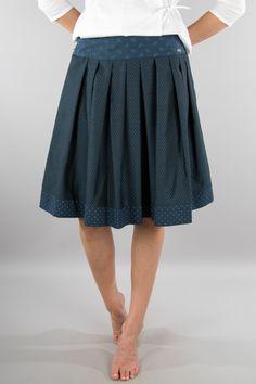 Rockmacherin Trachtenrock Wuidbach blau Folk Fashion, Textiles, Nice Dresses, Midi Skirt, Cool Outfits, My Style, Folk Style, Skinny Jeans, Skirts