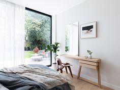 Modern Interior Design London New Home Minimalist Bedroom Design, 70s Home Decor, Bedroom Interior, Bedroom Design, Furniture, Interior Design London, Interior Design, Home Decor, Dressing Table Design