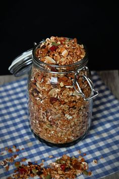 healthy granola recipe - Make a healthy & delicious breakfast
