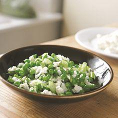 salade met erwtjes, ricotta en lente-uitjes