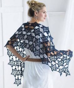 Star shawl (from Crochet So Fine: Exquisite Designs with Fine yarns by Kristin Omdahl) SO EASY! Got the book and it has a great section in the back if youre not familiar with the stitches. Takes ma Crochet Stars, Crochet Motif, Knit Crochet, Crochet Patterns, Crochet Skull, Crochet Shawls And Wraps, Wrap Pattern, Unique Crochet, Crochet Clothes