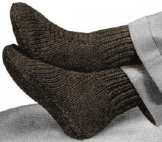 Men Slippers Knitting Pattern PDF Download No 394 This is a reproduction of a vintage pattern for a pair of slipper socks for men knit in a ribbing p