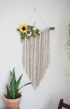 Floral+Wall+Hanging. Would love to make this for my room!