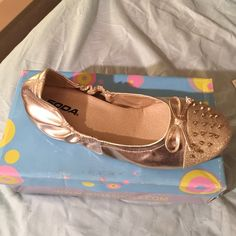Gold Flats Brand new, never worn, still in the box Shoes Flats & Loafers