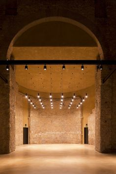Gallery of Thalia Theatre / Gonçalo Byrne Architects & Barbas Lopes Architects - 22