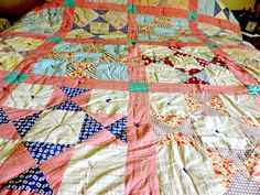 Beautiful Antique19th century hand made quilt very heavy well loved
