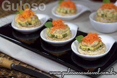 Quer um aperitivo simples, econômico e saudável? Os Canapés Sem Glúten com Patê de Atum Picante são ótimos para servir em reuniões e são uma opção leve e saborosa!  #Receita aqui: http://www.gulosoesaudavel.com.br/2013/11/09/canapes-sem-gluten-pate-atum-picante/