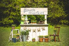 Spring Flower Market mini sessions | Made of Sugar and Spice