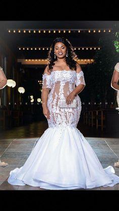 Plus size wedding gowns, stunning wedding dresses, dream wedding dresse Stunning Wedding Dresses, Best Wedding Dresses, Wedding Attire, Bridal Dresses, Bridesmaid Dresses, Modest Wedding, Dress Wedding, Wedding Bride, Xl Mode