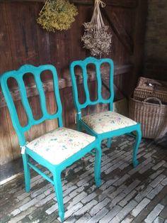 super gave turquoise stoelen met zacht gele bekleding  4 stuks