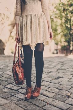 Flashes of Style Women's fall winter fashion 2013 2014 lace tights leather bag Fashion Mode, Look Fashion, Womens Fashion, Nail Fashion, Retro Mode, Mode Vintage, Classy Outfits, Pretty Outfits, Classy Dress