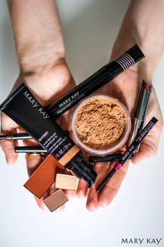 A complete makeup look doesn't need to be more than a handful. Grab Mary Kay® CC Cream Sunscreen Broad Spectrum SPF 15*, Lash Love® Lengthening Mascara, Mineral Foundation, Eyeliner, Mineral Cheek Color, Mineral Eye Color, Lip Liner, True Dimensions® Lipstick and you'll be rocking the full beauty package.