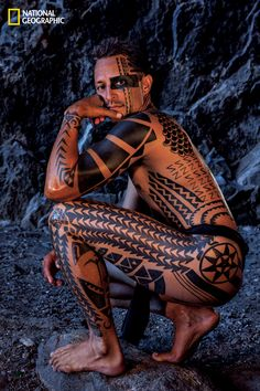difference between samoan and hawaiian tattoos Maori Tattoos, Hawaiianisches Tattoo, Samoan Tattoo, Body Art Tattoos, Tribal Tattoos, Borneo Tattoos, Thai Tattoo, Libra Tattoo, Facial Tattoos