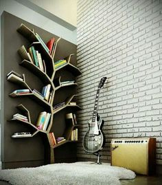 Tree shelf