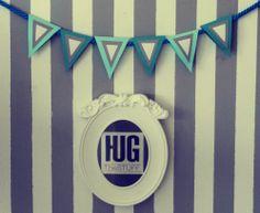 Witajcie Przybysze Znajomi i Nieznajomi! Z wielką radością ogłaszamy wszem i wobec otwarcie marki HUG The Stuff! Na początek serwujemy naszą autorską kolekcję pościeli i poduszek dekoracyjnych lecz nie jest to nasze ostatnie słowo! Jeśli szukasz połączenia nietypowego wzornictwa z najwyższą jakością oraz dawką humoru w odniesieniu do przedmiotów codziennego użytku, nie mogłeś znaleźć się w lepszym miejscu! Zapraszamy na http://hugthestuff.com/