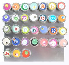 magnetic calendar countdown - made from recycled magazines, set of 31- Great idea for an advent calendar!
