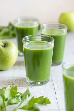 Green Juice Recipe | happyfoodstube.com