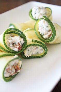 ROLLITOS DE CALABACIN CON RICOTTA (Ricotta Stuffed Zucchini Rolls) #recetas #aperitivos