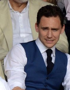 Tom Hiddleston that face makes me laugh idk why