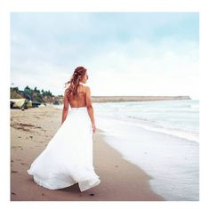 A dress fit for a bohemian bride. Boho Wedding Dress, Wedding Dresses, Bohemian Bride, White Dress, Fit, How To Wear, Design, Fashion, Bride Dresses