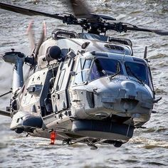 Attack Helicopter, Military Helicopter, Military Jets, Military Aircraft, Helicopter Rotor, Luxury Helicopter, Coast Guard Rescue, Air Show, War Machine