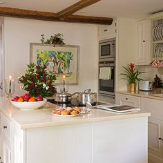 Traditional white kitchen with island | Kitchen decorating | 25 Beautiful Homes | Housetohome.co.uk