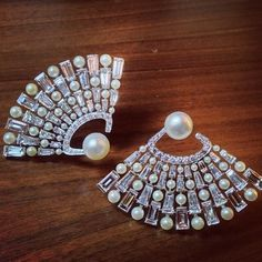Bhagat Pair of Natural Pearl and Diamond Fan Ear clips High Jewelry, Luxury Jewelry, Pearl Jewelry, Indian Jewelry, Bridal Jewelry, Jewelry Art, Diamond Jewelry, Jewelery, Jewelry Design