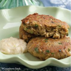Summertime Salmon Cakes from Gooseberry Patch 5 Ingredients or Less Cookbook