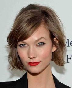 Looking for the best way to bob hairstyles 2019 to get new bob look hair ? It's a great idea to have bob hairstyle for women and girls who have hairstyle way. You can get adorable and stunning look with… Continue Reading → Box Braids Hairstyles, Bob Hairstyles For Fine Hair, Medium Bob Hairstyles, Short Bob Haircuts, Hairstyles With Bangs, Bangs Hairstyle, Haircut Short, Edgy Short Hair, Short Hair Cuts For Women