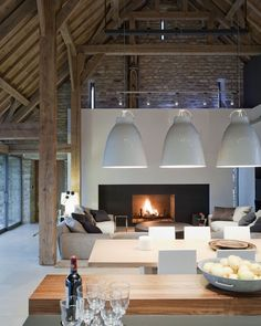 I Love Unique Home Architecture. Simply stunning architecture engineering full of charisma nature love. The works of architecture shows the harmony within. Interior Exterior, Interior Architecture, Interior Design, Room Interior, Interior Garden, Home Fashion, Style At Home, Modern Rustic, Modern Barn