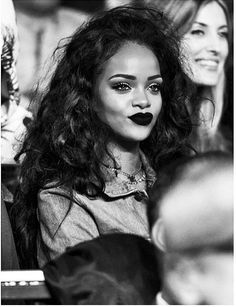 Riri looks good here