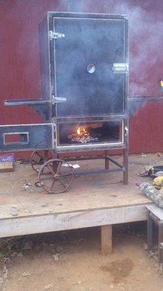Vertical reverse flow insulated build - Advise and wisdom wanted! Bbq Smoker Trailer, Bbq Pit Smoker, Diy Smoker, Bbq Grill, Custom Bbq Smokers, Smoker Designs, Homemade Chai Tea, Industrial Style Bedroom, Insulation Materials
