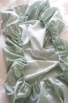 easy crib sheets sewing tutorial...OUR fabrics, especially OUR twills, make ideal crib sheets!