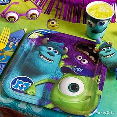 These Monsters University party plates are eye-mazing! Party with Mike, Sulley and Art & get screams going with favors like eyeball glasses and blow-outs.