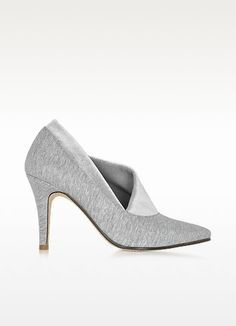 €229.50 | Noble Grey Cotton & Velvet Pump crafted in coated cotton sweatshirt jersey with silver stretch velvet trim, are classically chic and perfect for everything from office wear to sporty sophisticate. Featuring pointed toe, jersey covered 90mm heel, leather lining and leather sole with square injection rubber anti-slide detail. Hand made in Italy.