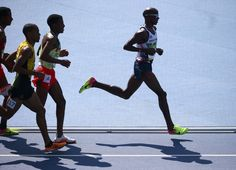 Immigrant Runners Are Winning More Than Olympic Medals The successes of foreign-born athletes like Mo Farah and Bernard Lagat offer a rejoinder to nationalistic sentiment in the U. and Britain. Amazing People, Good People, Mo Farah, Running Photos, Olympic Medals, Track And Field, Cross Country, Athletes, Sports
