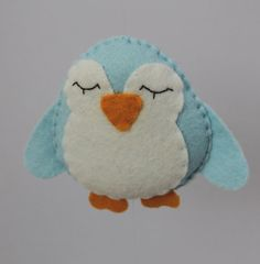 Felt Penguins - cute craft idea