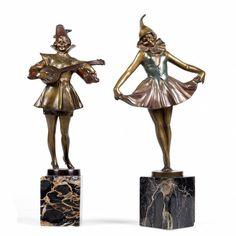 Twee gekleurd bronzen figuren, door Bruno Zach (1892- 1933)
