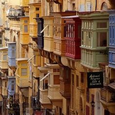 Malta - I don't know why, but I have just always wanted to go, well yuo can now with a great Cassidy Travel last minute offer!