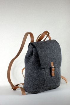 Items similar to SALE ! FELT LEATHER Rucksack, bag, leather backpack, rucksack on Etsy - Taschenmodelle Rucksack Bag, Backpack Purse, Leather Backpack, Diy Handbag, Craft Bags, Unique Bags, Handmade Bags, My Bags, Purses And Handbags