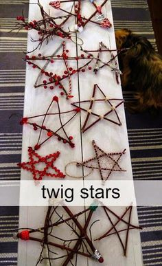 Diy christmas tree 572731277598046485 - Christmas Craft Party – stars made from twigs and sticks and decorated with beads and ribbon. Perfect Frugal DiY Christmas tree decorations to make with your children. Kids Crafts, Christmas Crafts For Kids, Christmas Projects, Kids Christmas, Christmas Tree Decorations, Holiday Crafts, Holiday Fun, Christmas Gifts, Christmas Ornaments