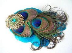 peacock hair pin. love this
