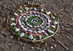 Found Object Mandalas... Love the idea of just sitting on a beach and creating something beautiful from the natural environment.