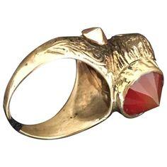 Pre-Owned Iosselliani Gold Metal Ring Iosselliani, Metal Ring, World Of Fashion, Luxury Branding, Heart Ring, Rings, Gold, Jewelry, Jewlery
