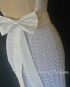 My latest bridal gown. ... #crochet #crochetweddingdress #bridalfashion…