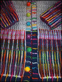 Amazing colour combination- treatment via Tricotcolor: Broderies folles...