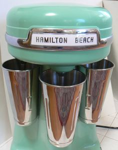 Malt Shop Hamilton Beach Milk Shake Triple Mixer 3 Head Milkshake Maker Vintage Model - I have one of these for my soda fountain. 1950 Diner, Vintage Diner, Retro Diner, Vintage Love, Vintage Kitchen, Milkshake Maker, Milkshake Machine, Jukebox, Vintage Antiques